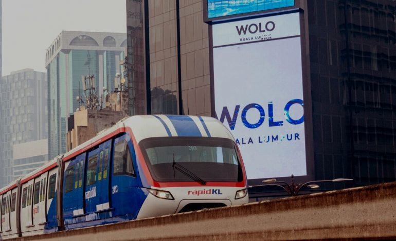 RapidKL Monorail, your guide in Kuala Lumpur city.